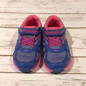 Saucony girls sneakers size 8.5